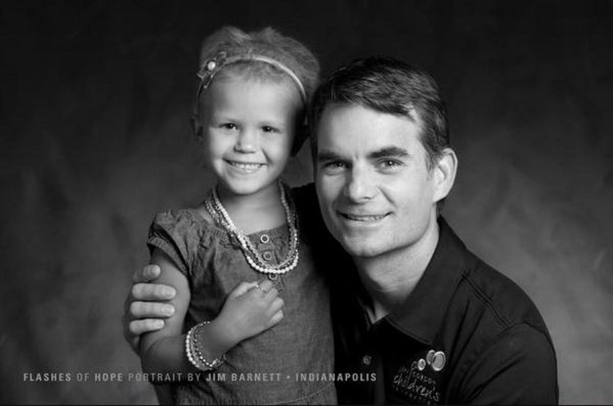 Support @JeffGordon4Cure to help those children battling cancer. More --> http://t.co/ubKEDPk1jO via @JeffGordonWeb http://t.co/VY2eb4S7Ho