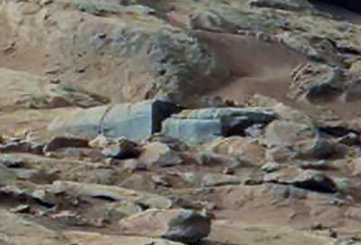 La misteriosa foto dal pianeta Marte mostra una struttura artificiale oppure e' un altro cado di Pareidolia?
