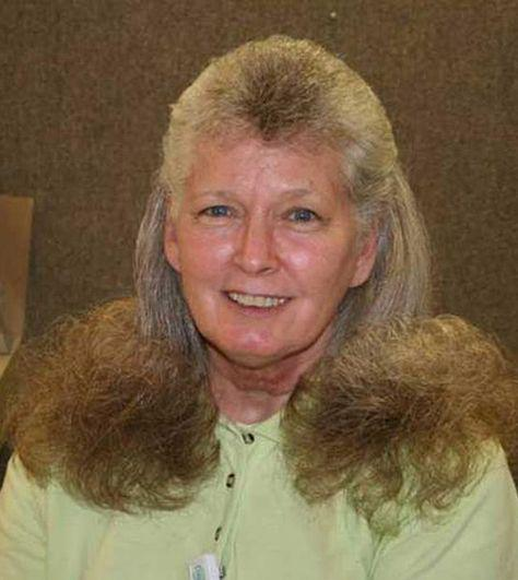 HILARIOUS hair! More photos: http://t.co/BqTEThuqAW #style #hair #funny http://t.co/rtBJuJbtCg