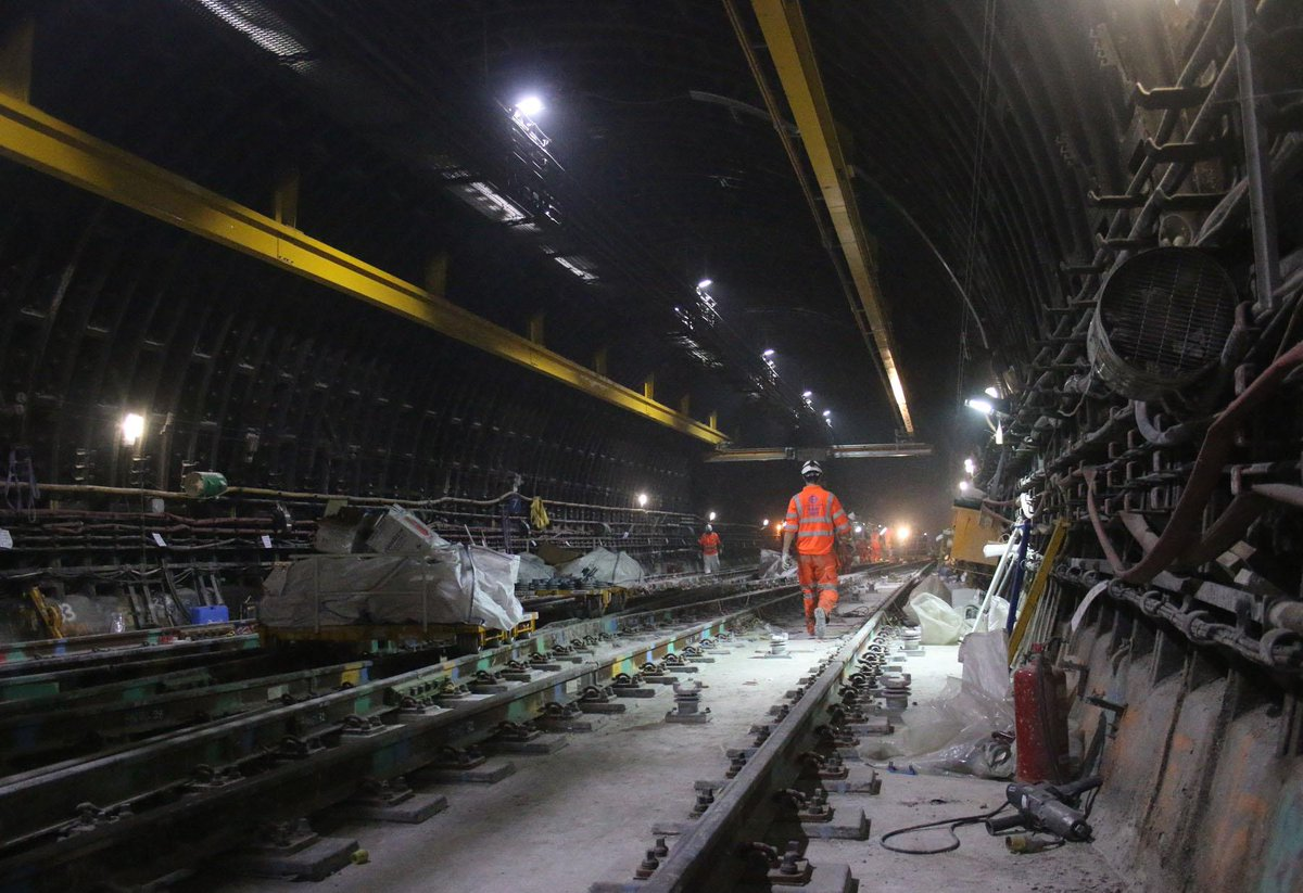 CNR7WfxUkAEQvW7 - The Victoria Line's really big 50th birthday! #3