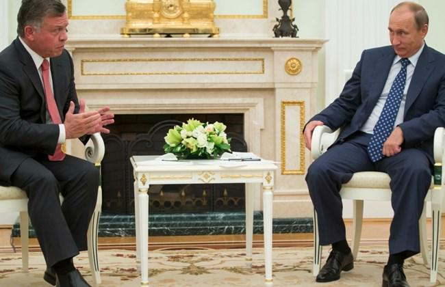 """PHOTO OF THE MONTH: VLAD SNORTS AT KING ABDULLAH """"THE DWARF"""" DURING VISIT TO MOSCOW 1"""