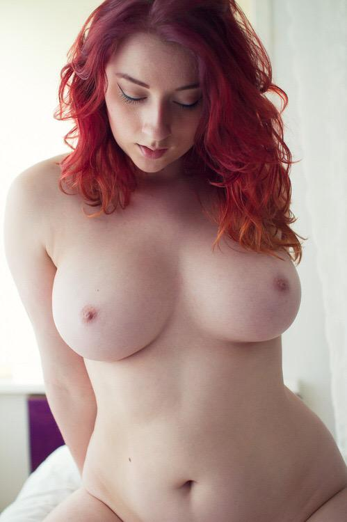 Redhead bib boobs