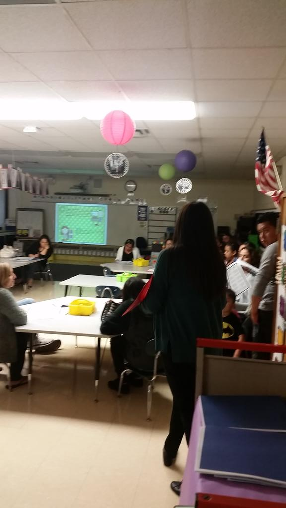 Mrs. Aguirre addresses a room full of Kindergarten parents at #wdsd7 Curriculum Night. http://t.co/B1awQs327D