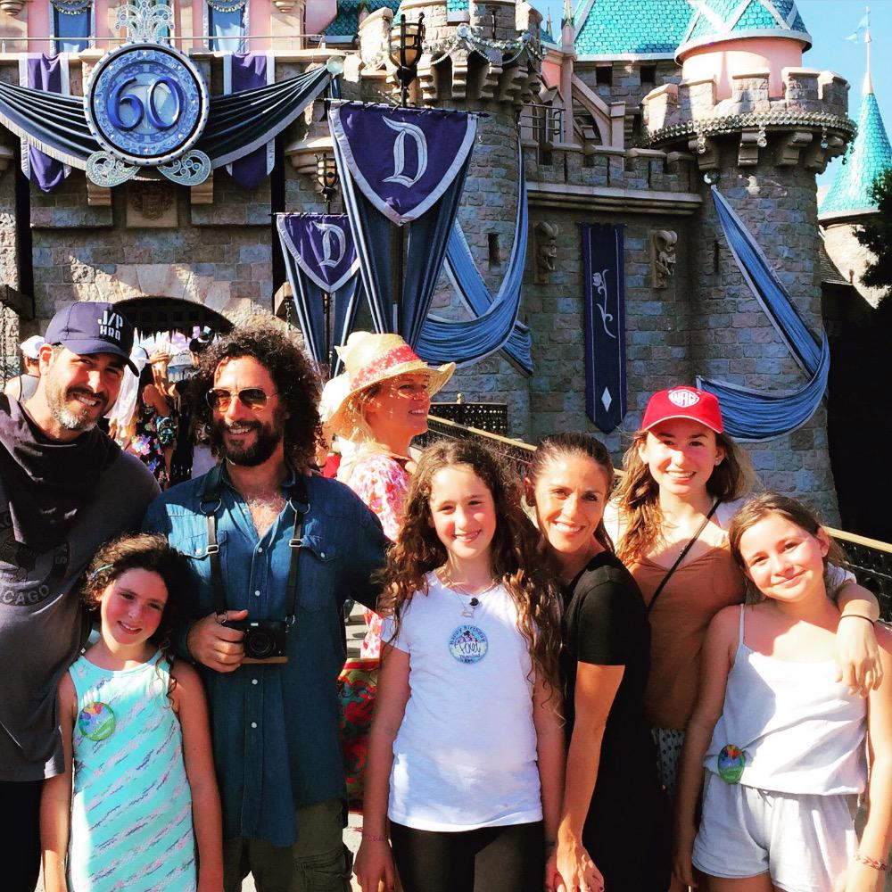 Had so much fun with this crew yesterday @Disneyland 10th birthday #Disneyland style! http://t.co/YB72MxRO1E