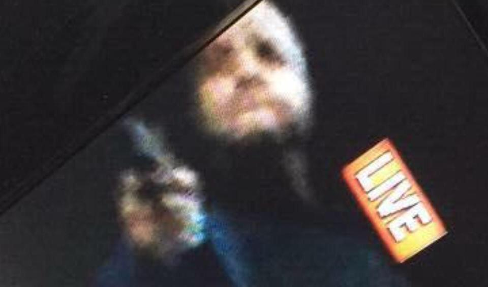 Manhunt for the shooter. Here's a screen grab from the live feed. http://t.co/CwTJLqRUyP