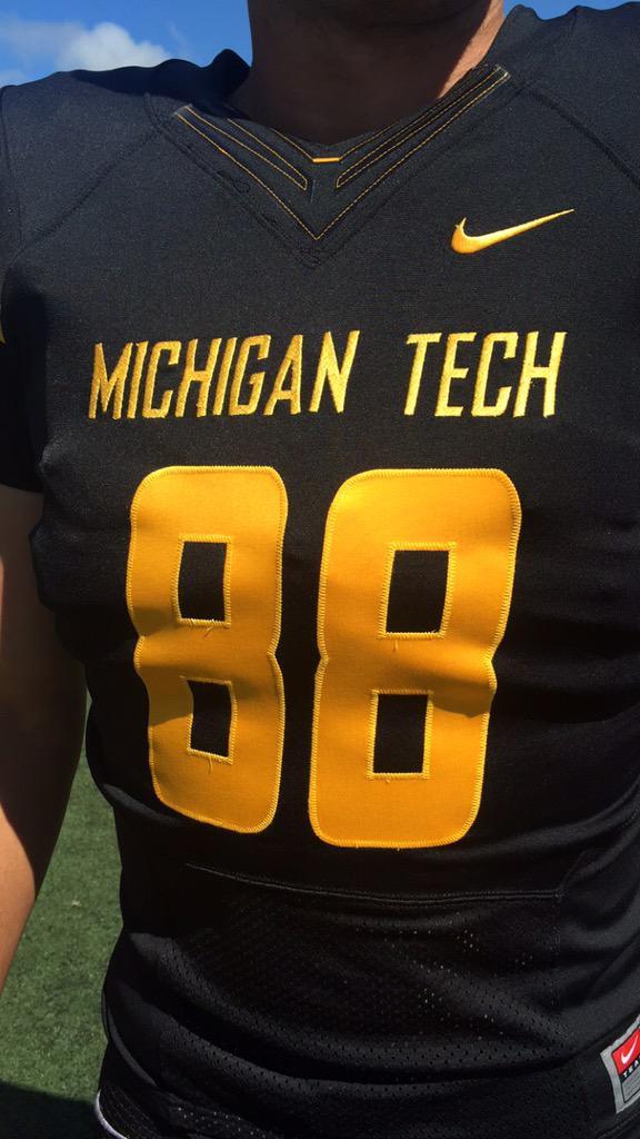 new styles 1e57b 00bf4 Michigan Tech Football on Twitter: