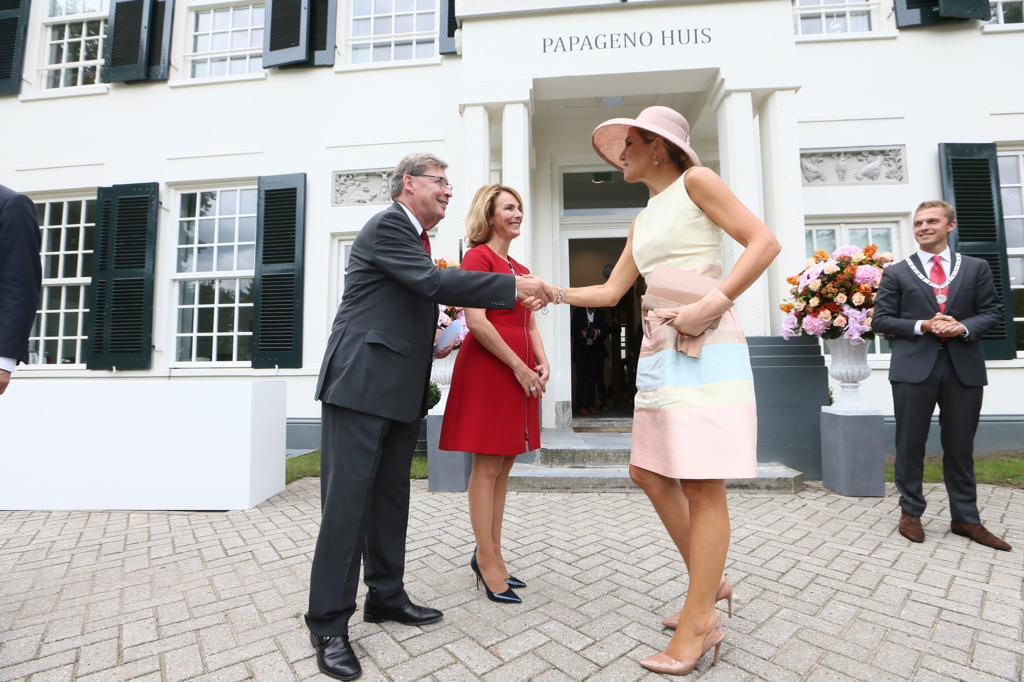 Koningin Máxima opent het Papageno Huis voor jongeren met autisme #stpapageno http://t.co/Qj3Habm0Bi