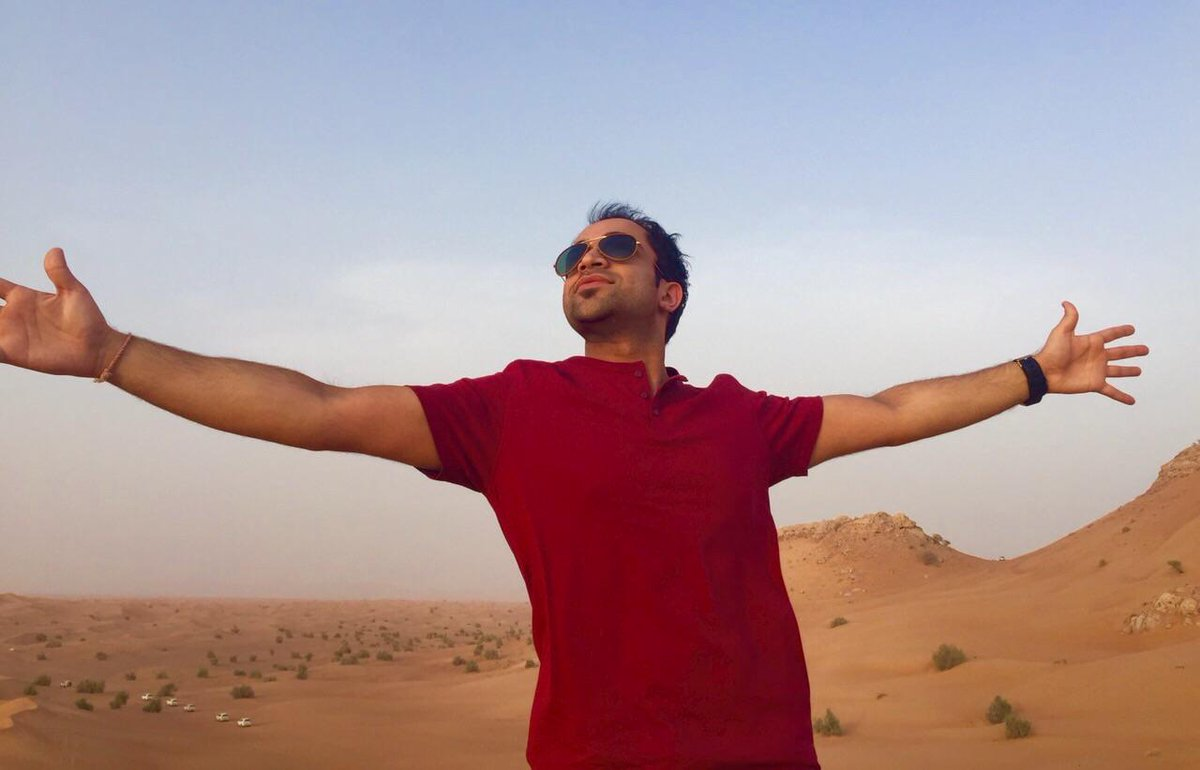 Getting my @iamsrk pose on in the Arabian Desert! Had to be done!