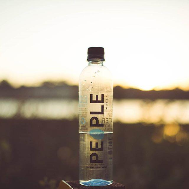 Drink for two. #peoplewater #dropfordrop http://t.co/8fhtiZJx0n