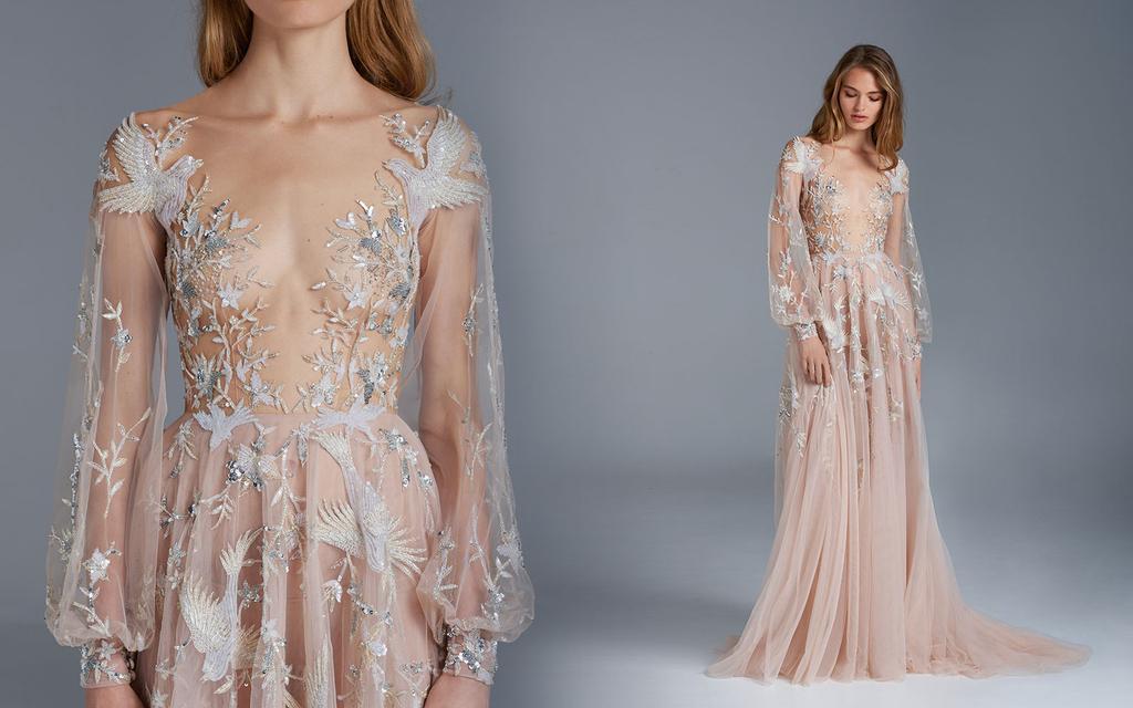 ポール・ヴァシレフによる作品。オーストラリアのファッションデザイナー。クラシックな美しさに傾倒し、完璧主義に基づいて