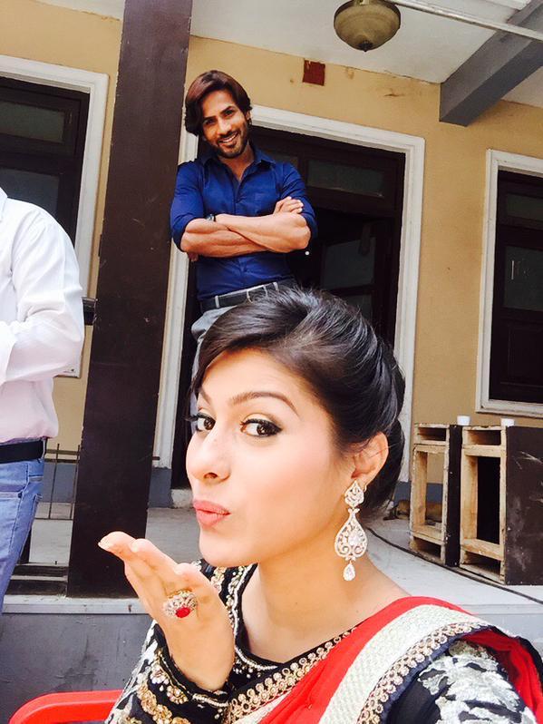 Ravi,Devika,Kalash,latest,image,photo,HD,pic,Life Ok,actor,actress,picture,Aprana Dixit,Krrip Suri,off screen