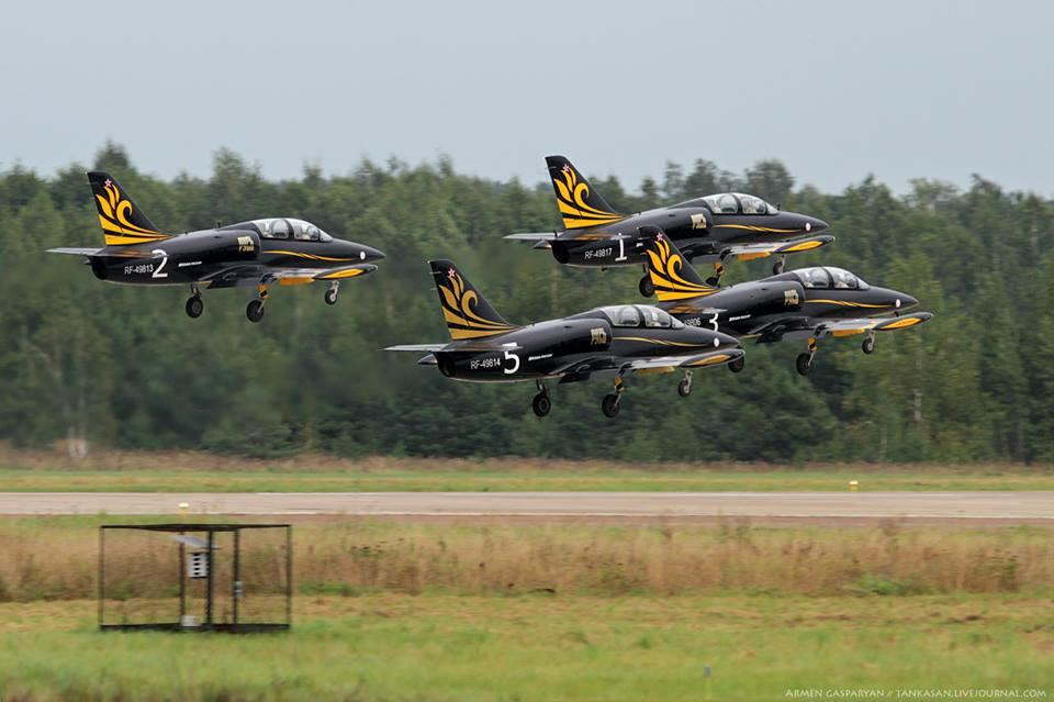 открывающейся пилотажная группа небесные рыцари фото краболов, построенный госпрограмме