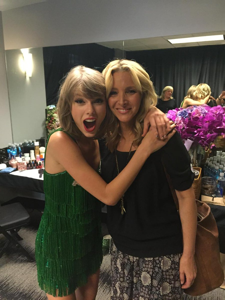 Backstage exclusive.  First photo. @lisaKudrow and @TaylorSwift. http://t.co/TTXysWl6rp