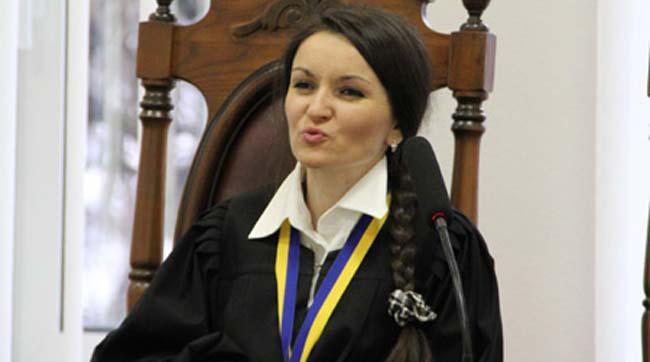 Проект постановления об изменениях в Конституцию по децентрализации внесен в Раду - Цензор.НЕТ 558