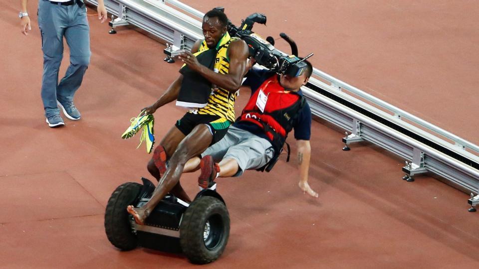 The Irish Times On Twitter Camerman On Segway Crashes Into Usain Bolt Following 200m Victory Http T Co Crtq37yrjd Via Irishtimessport Http T Co Soymbwarad