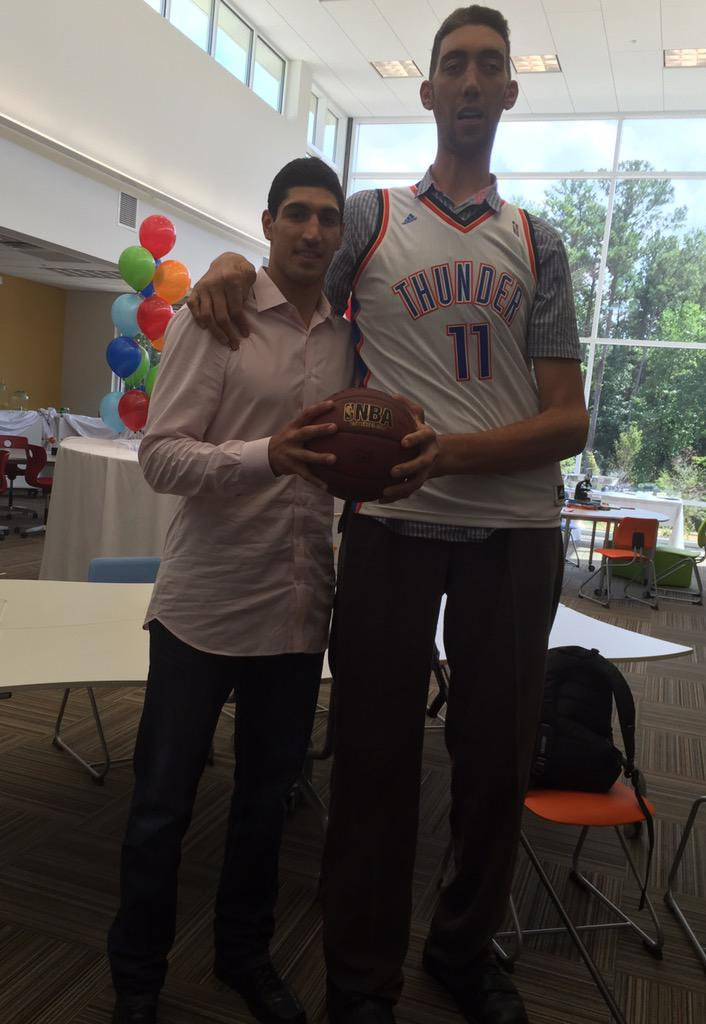 enes kanter on twitter   u0026quot with the world tallest man   8 u0026 39 3