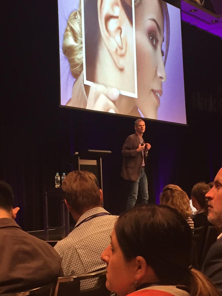 @marketo @philf1217 Phil Fernandez explaining the importance of listening to the buyer! #MKTGNation http://t.co/yq7MsyaqCs