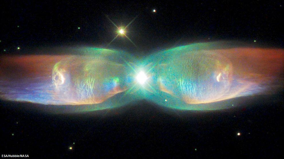 Nebulosa Farfalla, l'incredibile foto del telescopio Hubble