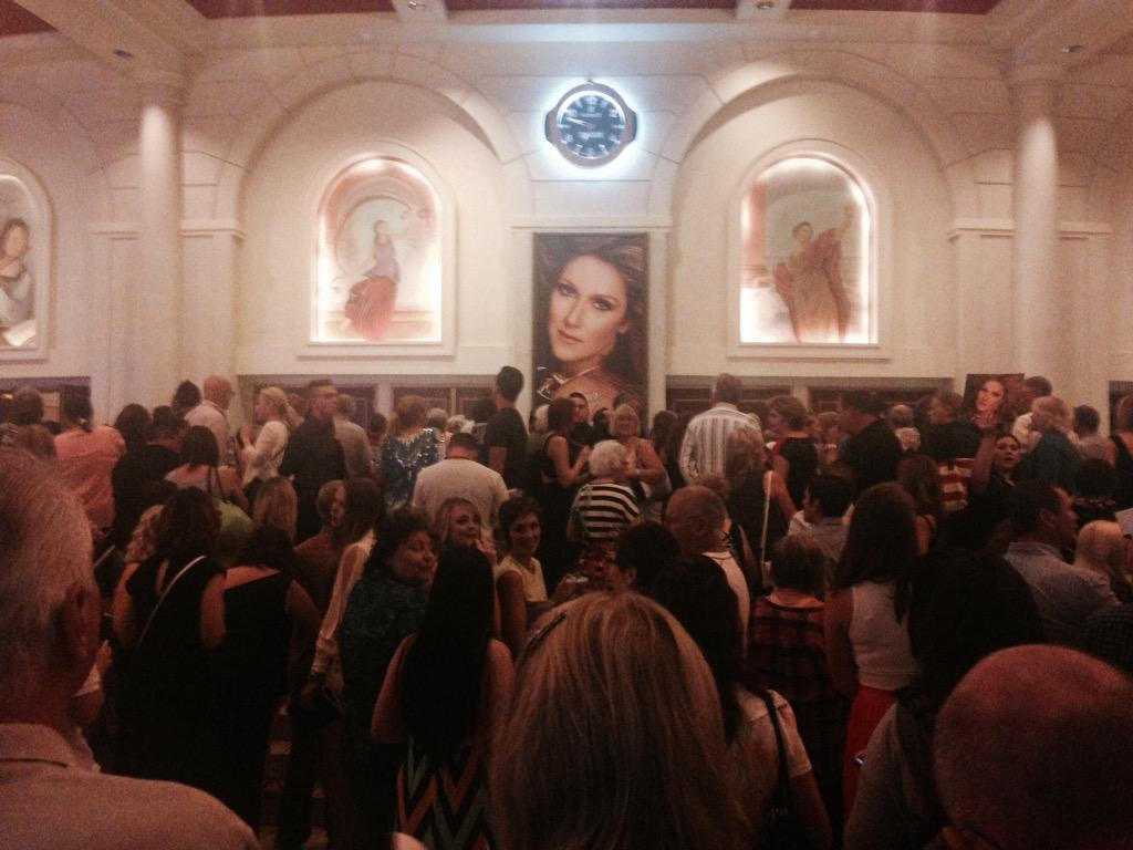 The doors @ColosseumatCP are about to open as thousands of loving fans are ready to welcome @celinedion back! http://t.co/CF9PZuTFhl