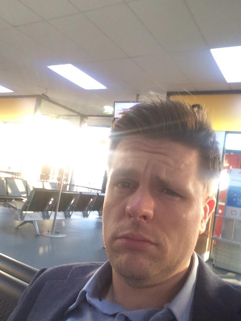 Morning from Norwich Airport...I'm a sleepy-head... #LetsFly http://t.co/Zhh3fE8lyg