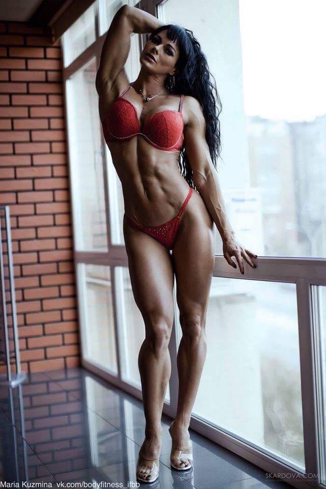 Strong Naked Slim Women 106