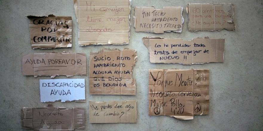 Case Study – The Cyranos McCann Graphite Pencil winning HomelessFonts for Fundació Arrels: http://t.co/e3WGGAQikz http://t.co/XYRj37lydM