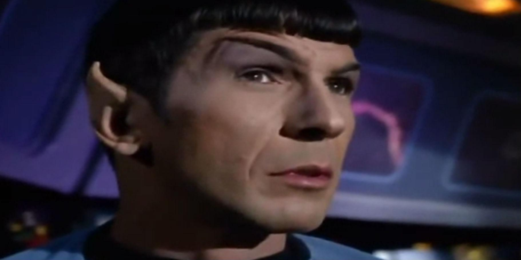 Kirk and Spock selling AT&T-DirecTV bundles http://t.co/7jUtfPUia6, so Sprint basically = Khan http://t.co/HcJheTmJHE http://t.co/yB2EBDYDnp