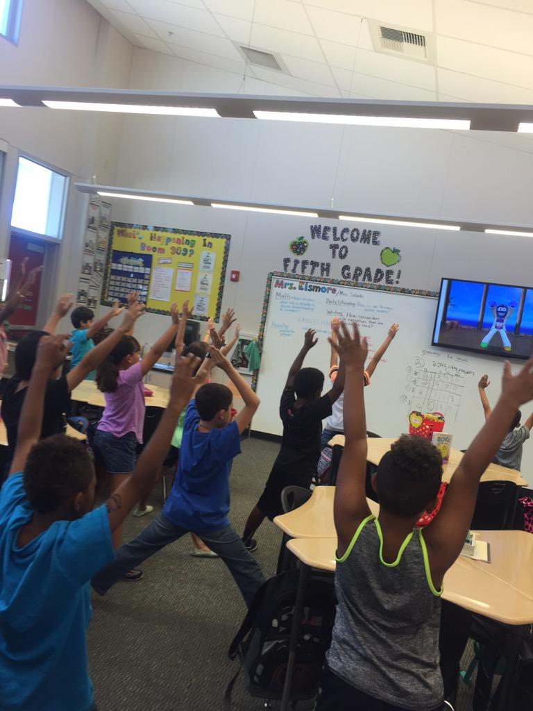 A little Go Noodle yoga to get the brain focused for our math test! #camlearns http://t.co/7BY9WrOJUk