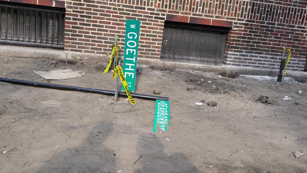 A cautionary tale for aspiring German writers in Chicago. http://t.co/IEpLZDW6l7