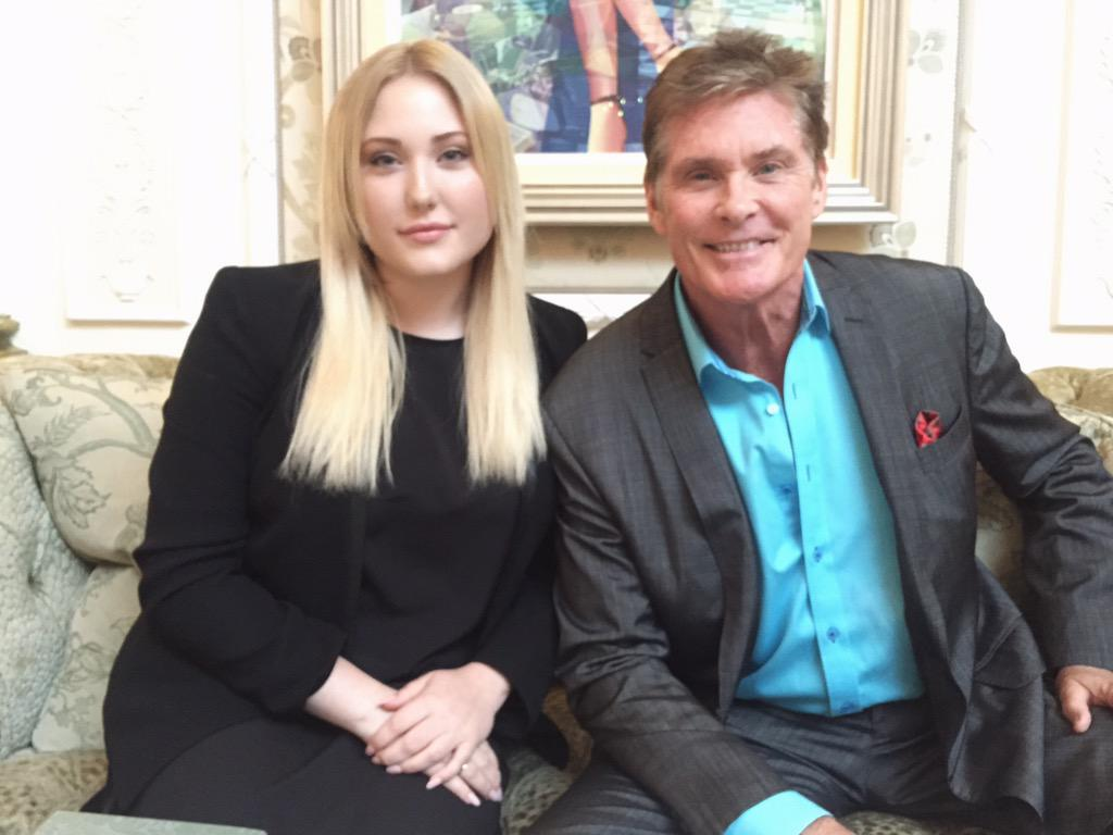 Such a great time at @TheSavoyLondon afternoon tea with @HHASSELHOFF for her birthday! Thanks @danjelensek and team! http://t.co/BOxGTef8B5