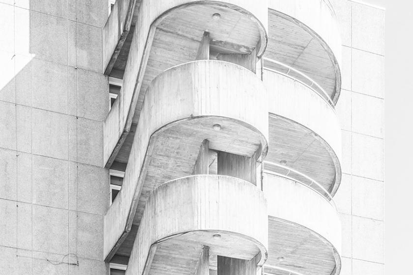 RT @Creative_Boom: White Lines: Pure white architectural photographs of Paris  http://t.co/rfPHOk1QsI http://t.co/LxIiImM5gI