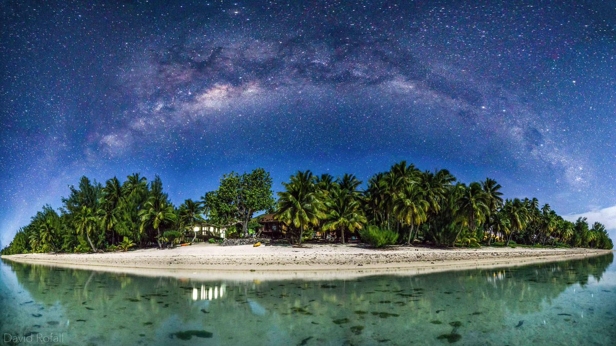 Time for some #weekend #chillout @CookIslands http://t.co/ziUdYBy1f5