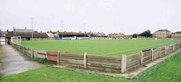 RT @corbytownfc: It's game day... @LowestoftTownFC is the destination this afternoon #MonTheSteelmen http://t.co/2rH5sA7VwE