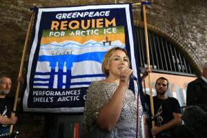 Track Of The Day #720: @charlottechurch – This Bitter Earth @GreenpeaceUK #newmusicfriday http://t.co/ehjcQzsh6W … … http://t.co/FeBcpMf9M8