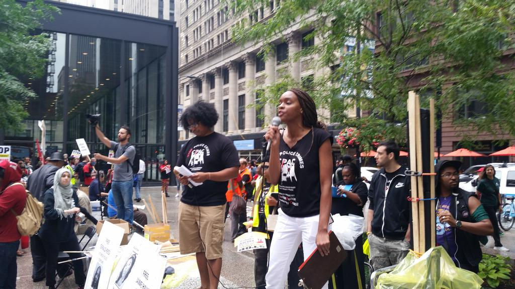 """We're gathered here today bc our people are dying, being killed by ppl who are supposed to serve"" #StopPoliceCrimes http://t.co/4hPqX8jatw"