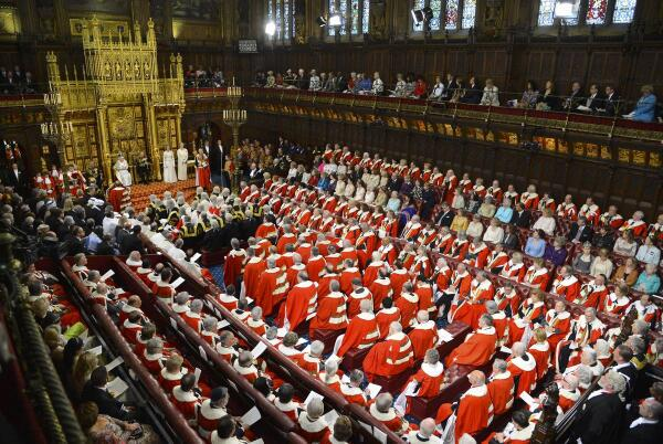 Enormous numbers arrive for the Harrods Father Christmas audition http://t.co/ykTPbq1MVa