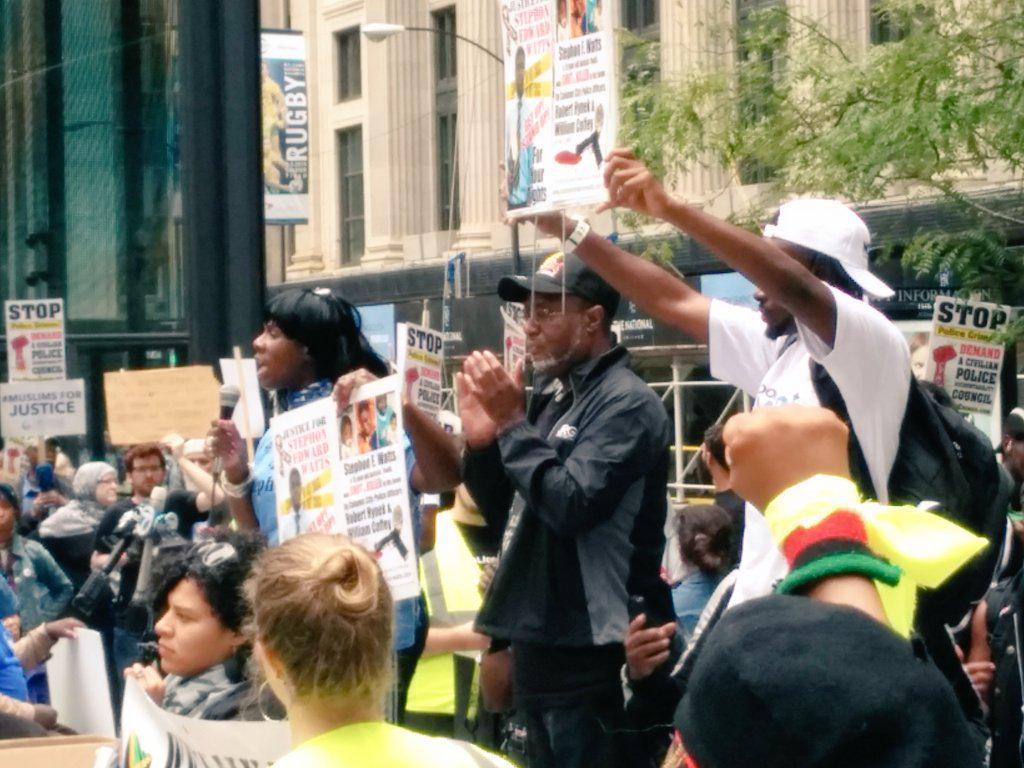 "Stephon Watts mother: ""In the name of God, we need you."" #StopPoliceCrimes #BlackLivesMatter @NAARPR http://t.co/DEcrnHxqh1"