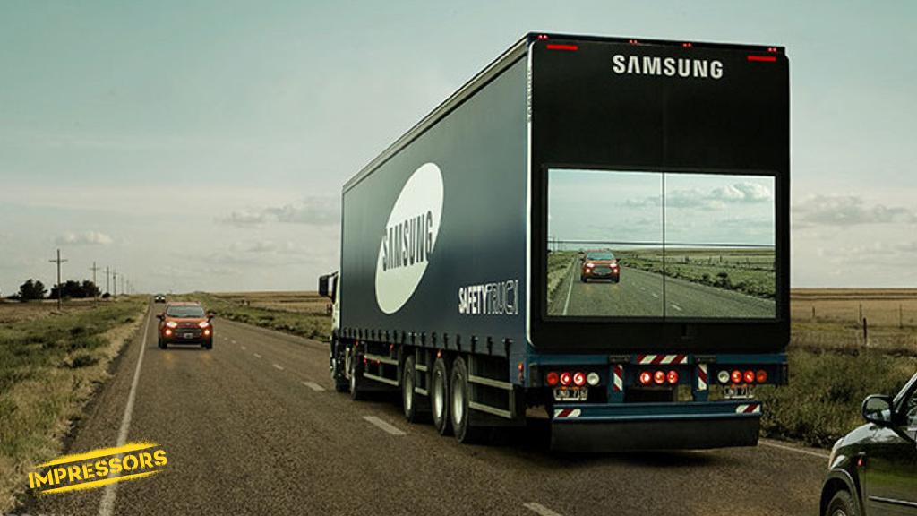 Респект!  Автопарк Samsung в Аргентине пополнился «грузовиками безопасности» с экранами на прицепе. http://t.co/1BgkwDc2k6