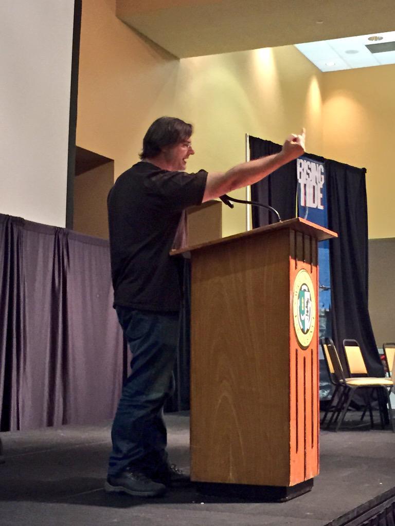 """.@skooks giving the """"resilience salute"""" #rtx #k10 http://t.co/exixJsTrRQ"""