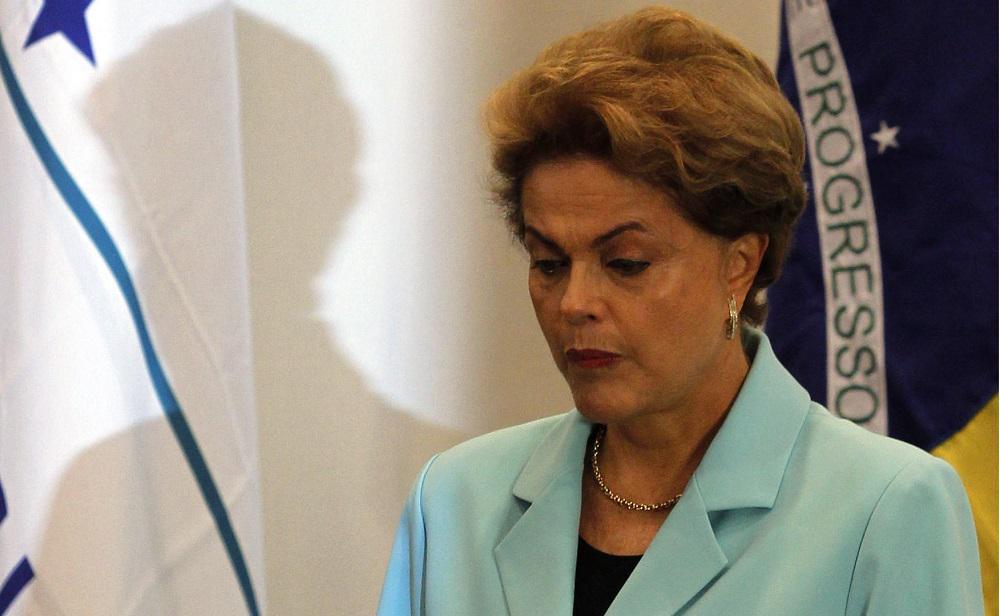 Após reunião com ministros, Dilma desiste de recriar a CPMF: http://t.co/T7Dnqkij89 http://t.co/dUro5TML4O