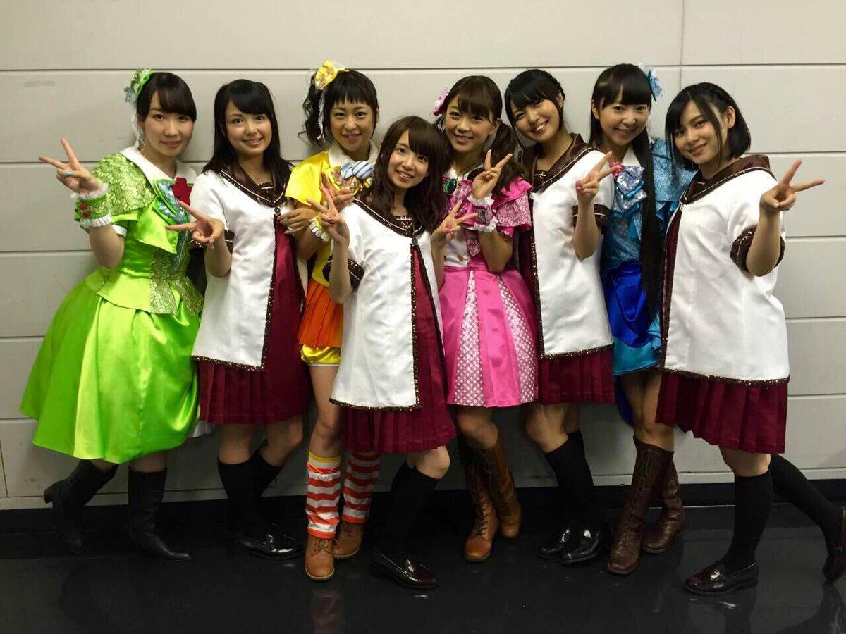 アニサマおまけ写真!2012年にコラボさせていただきましたミルキィホームズさんと七森中☆ごらく部!! #anisama #yuruyuri pic.twitter.com/LY9BYDaCtY