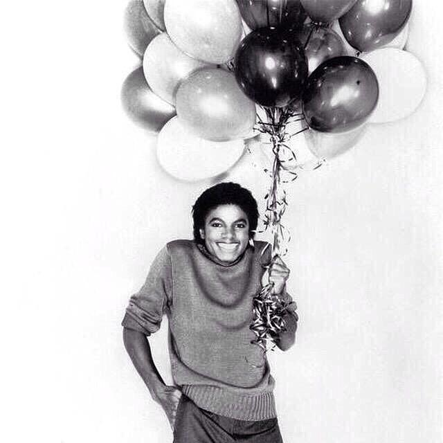 MJ Forever. #happybirthdayMike https://t.co/ncfOcvmfg3 http://t.co/beUGMnYWWw