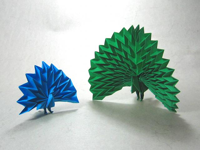 Origami Pyramid Pixels for 3D Paper Wall Art | 480x640