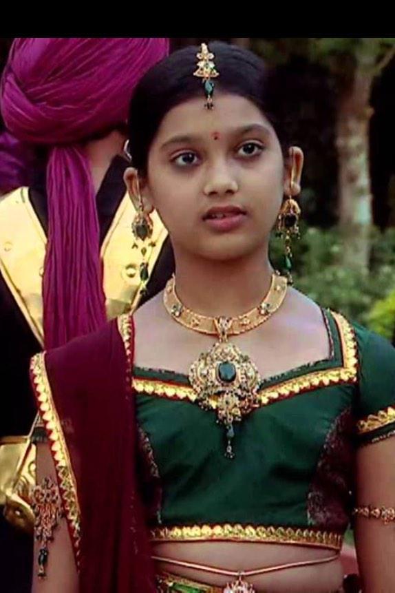 Shakuntala Star One 57016 | TIMEHD
