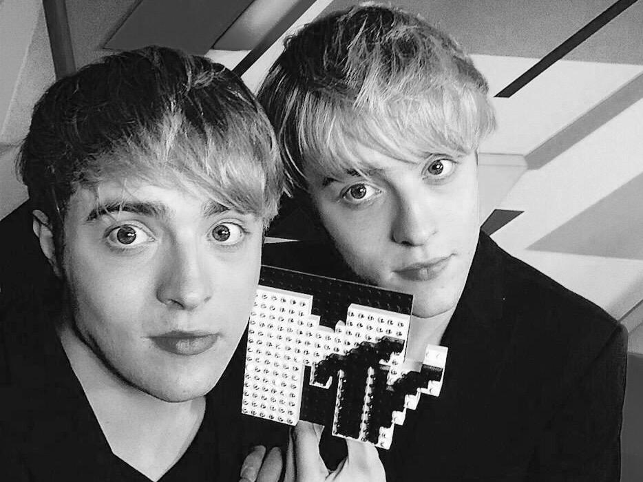 Everyone has seen @MTV Catfish! We can all tell who a catfish is! There is only one Jedward @planetjedward http://t.co/moKT3iemia