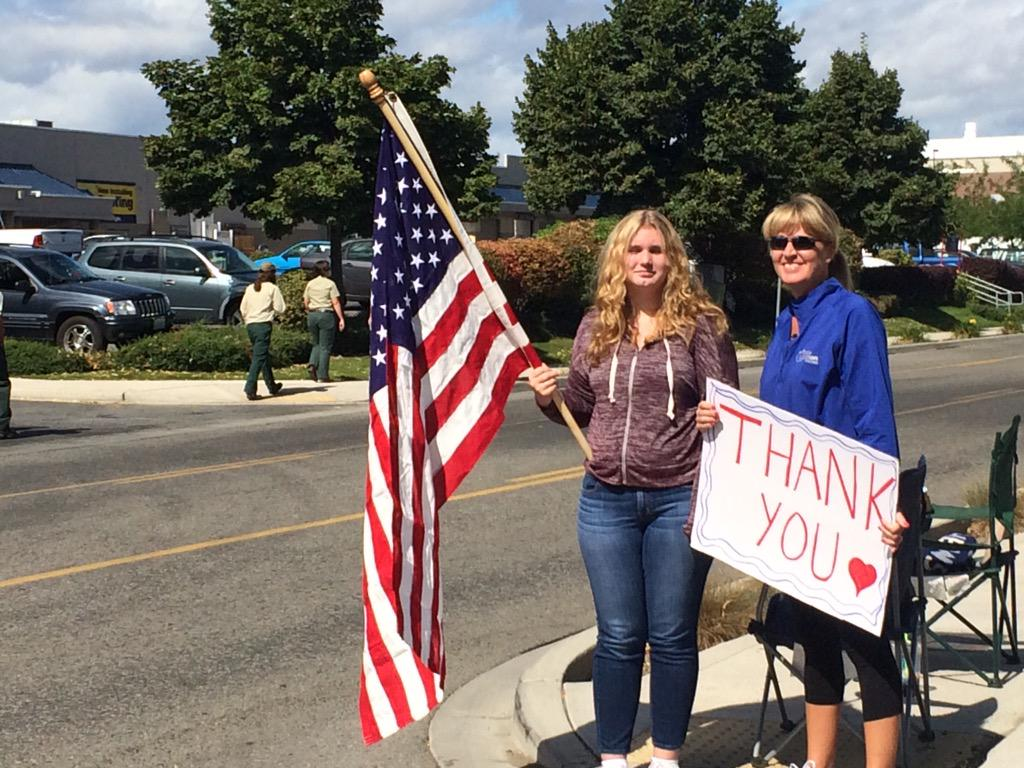 A thank you from homeowners who almost lost their place when fire ripped through Chelan a few weeks back. http://t.co/4dkbxIf5LH