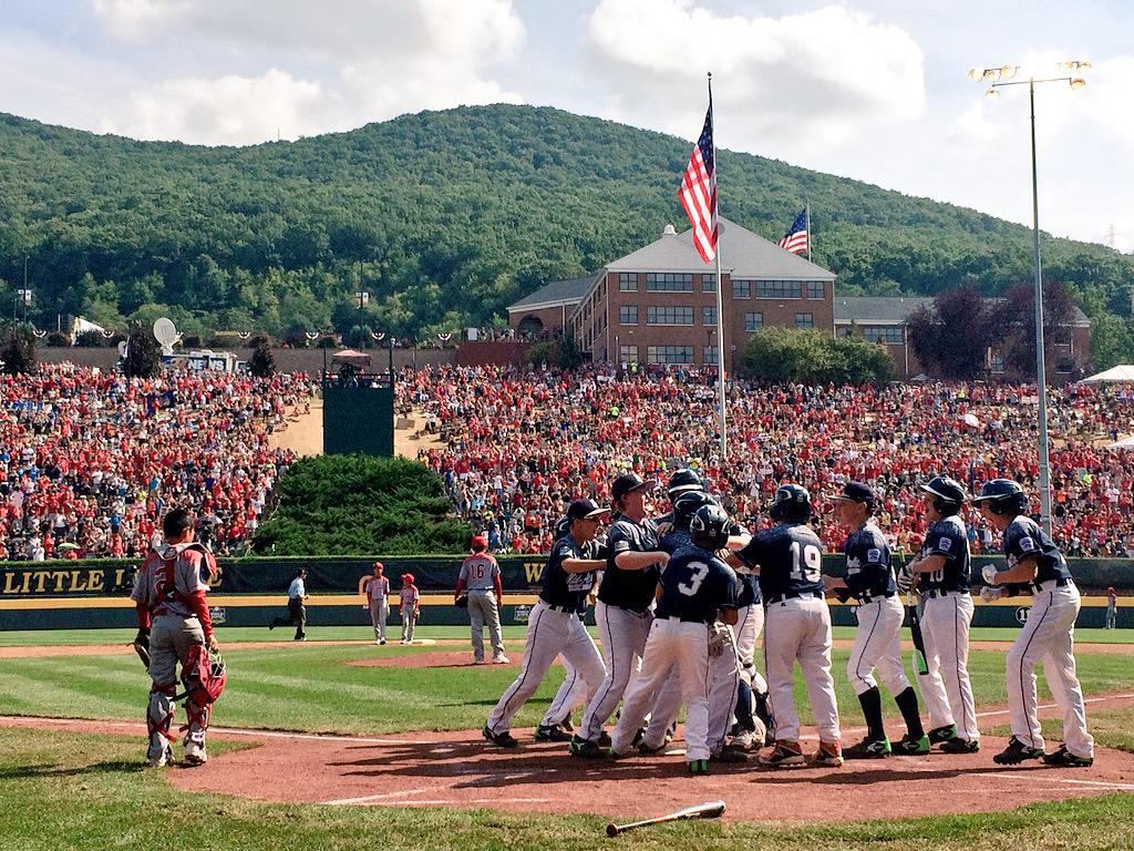 GRAND SLAM! #LLWS http://t.co/NpRlChmvPy