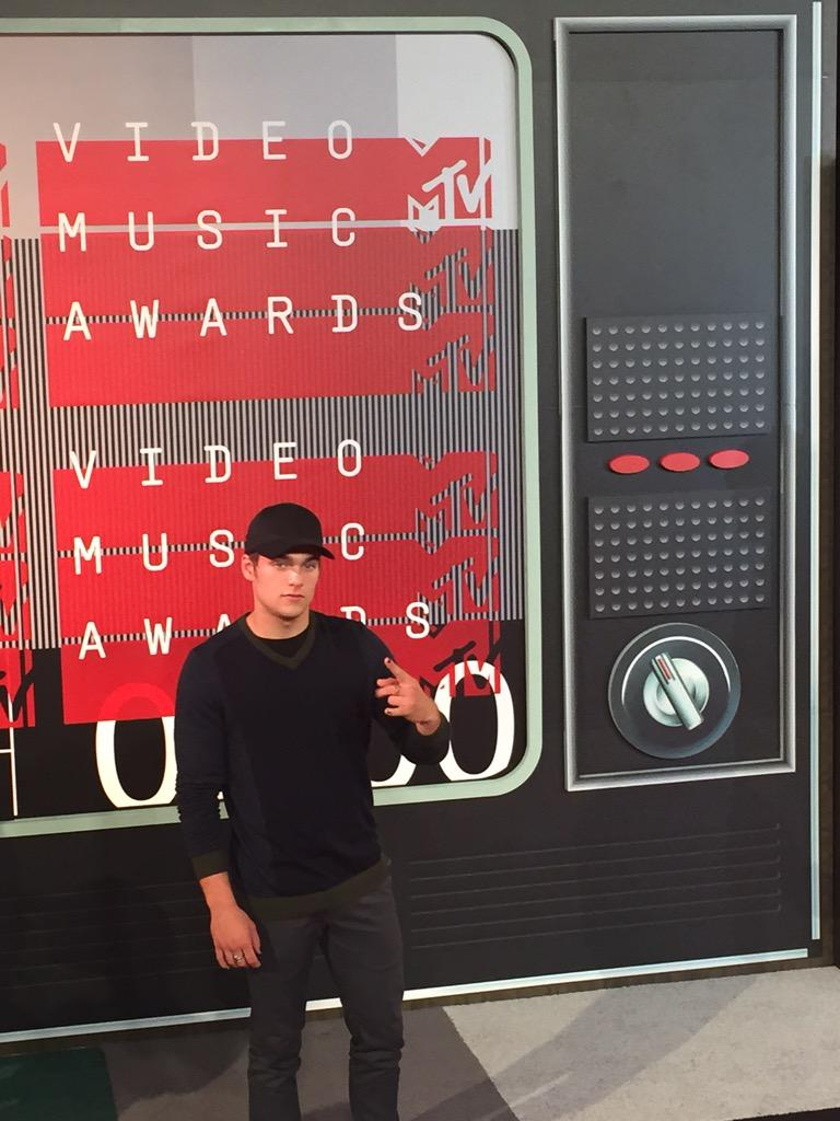 .@MTVteenwolf @DSprayberry arrives @mtv #vma http://t.co/BrFpFeWdze