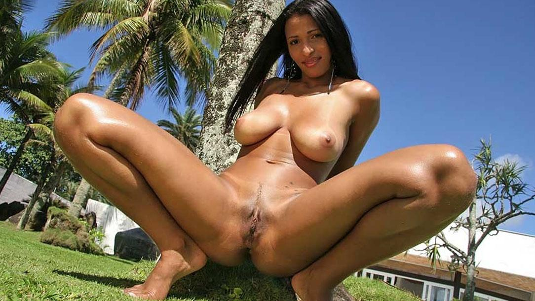 Pictures naked brazil women