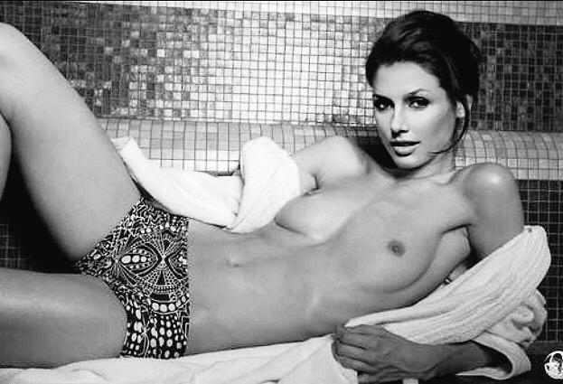 Bridget Moynahan Nude In Gray Matters